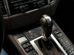 Porsche-Macan-9