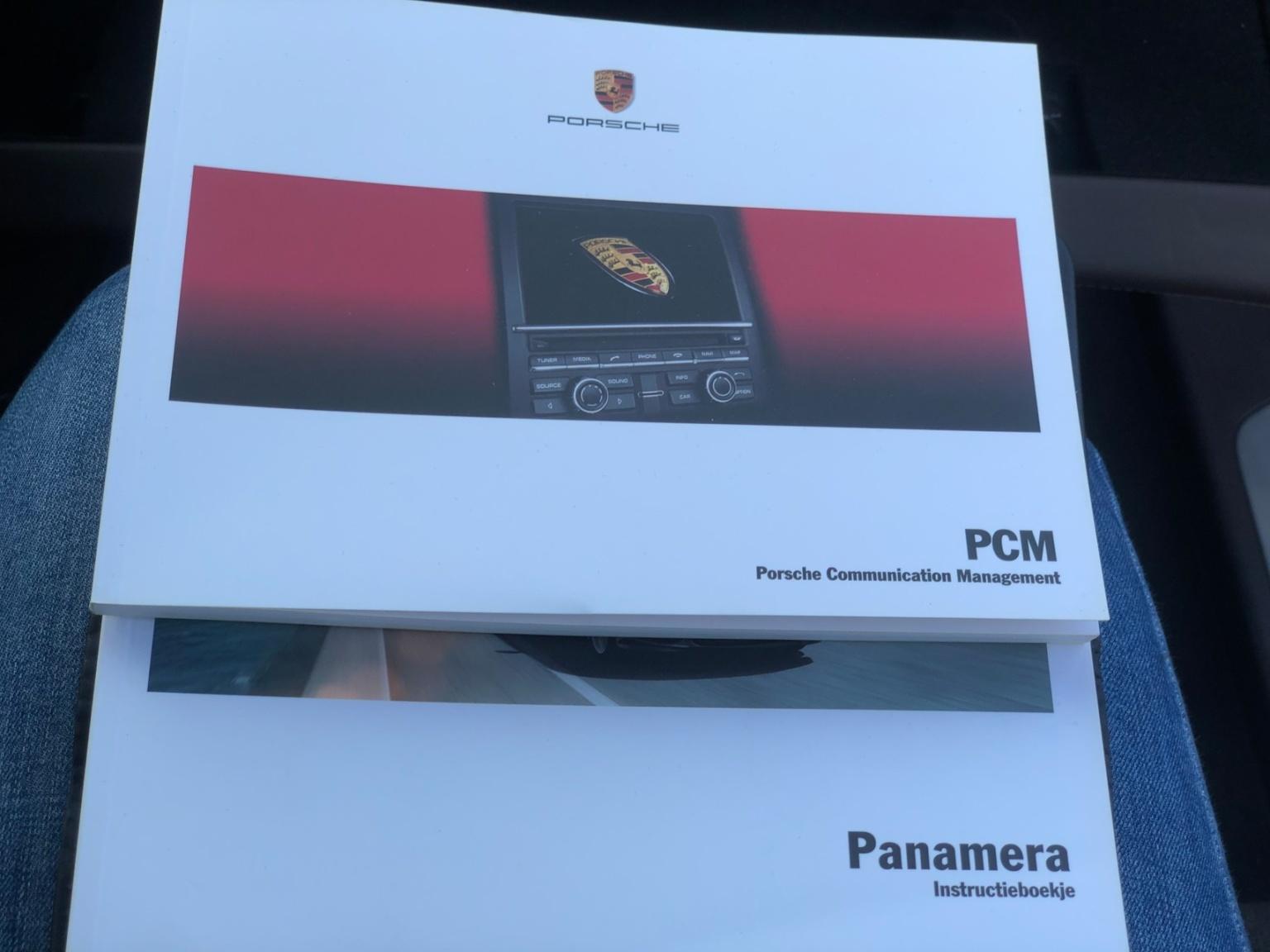 Porsche-Panamera-28