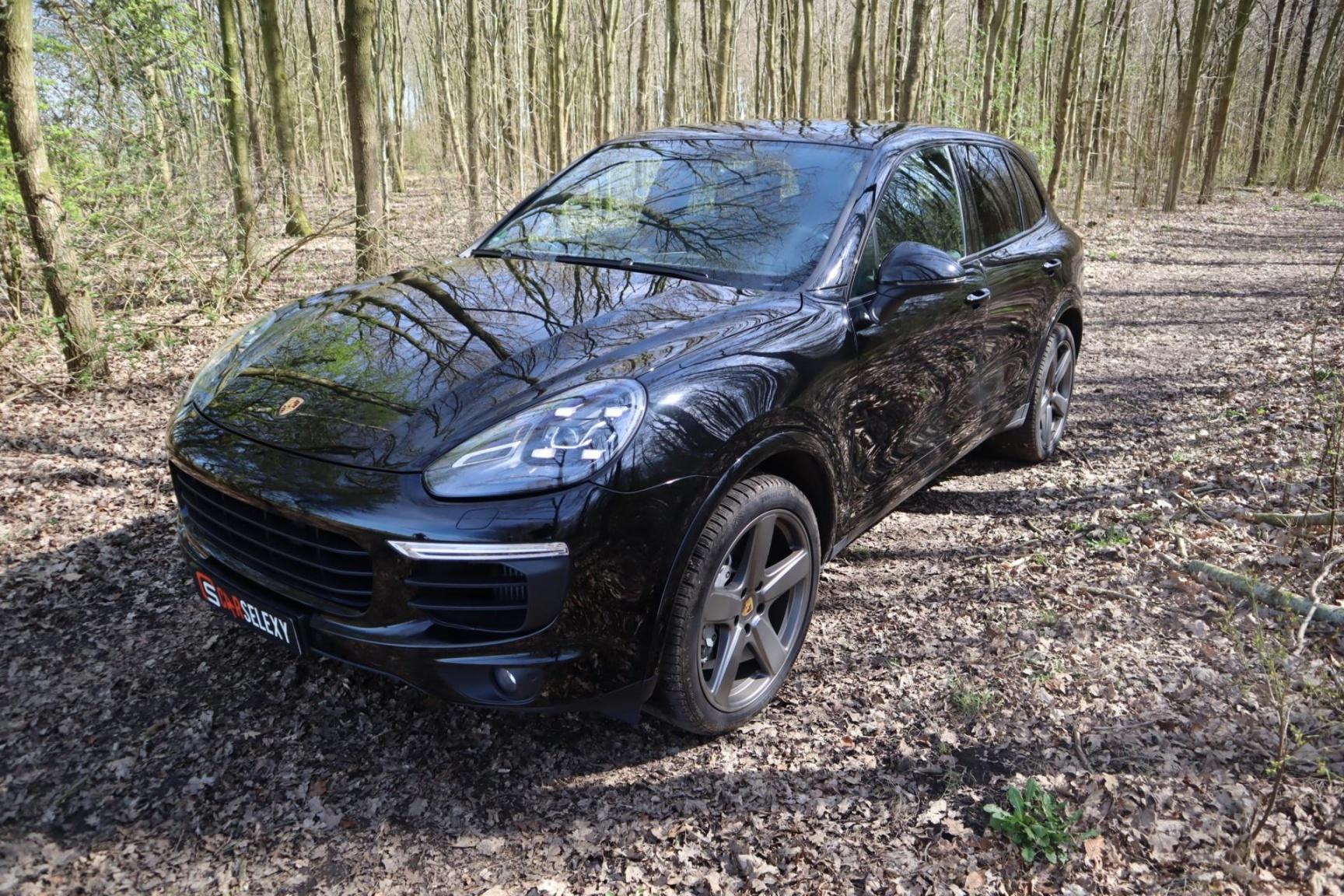 Porsche-Cayenne-10